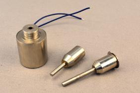 圆管电磁铁