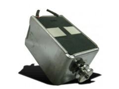 双单向保持式电磁铁