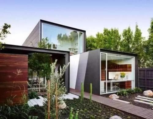 关于工程建筑于住人集装箱的2点比较
